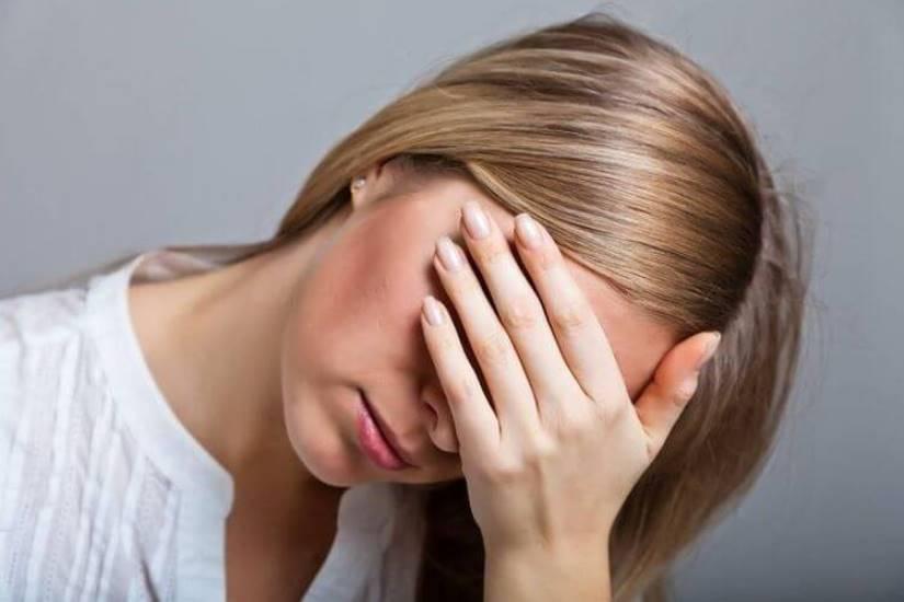 Почему нельзя слушать жалобы: 4 Важных Причины