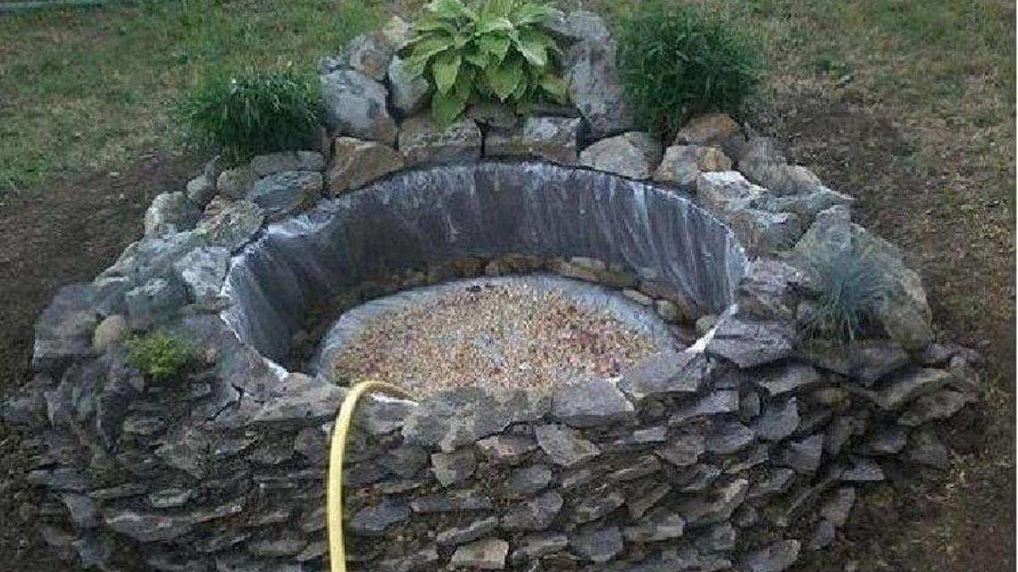 Идея для дачи. Декоративный пруд из старой покрышки.